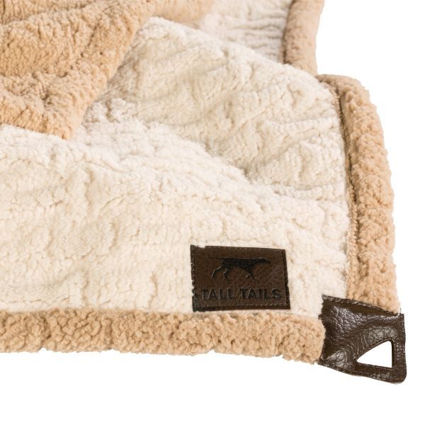 bedding for dogs, dog blankets, blankets for dogs, pet blankets, dog bed covers, dog blankets for car, fleece pet blanket, Blankets for Puppies